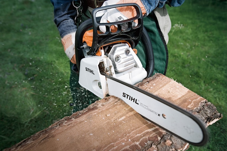 Stihl MS 211 C-BE Motorsåg, 1000082926