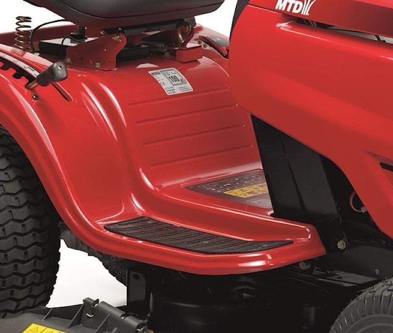 MTD Optima LG155 Trädgårdstraktor med plogpaket, MTDLG155SNOW